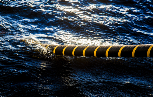 High voltage cable installation offshore
