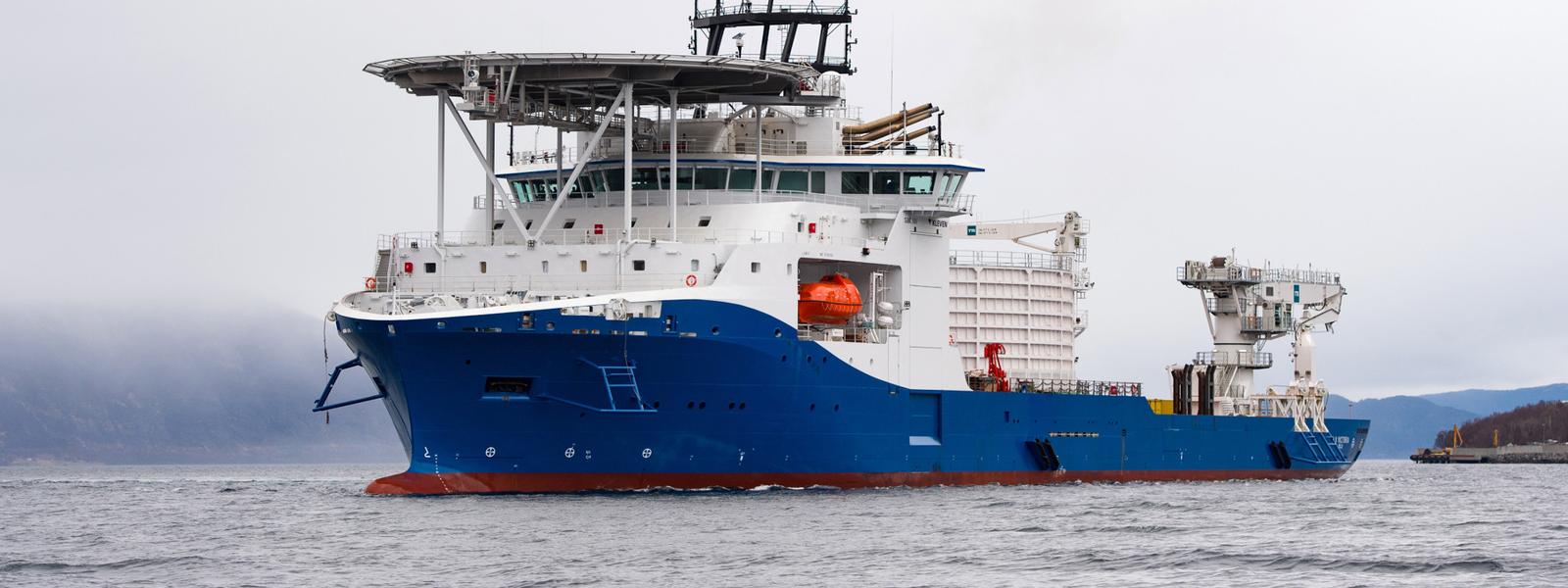 NKT Victoria at sea